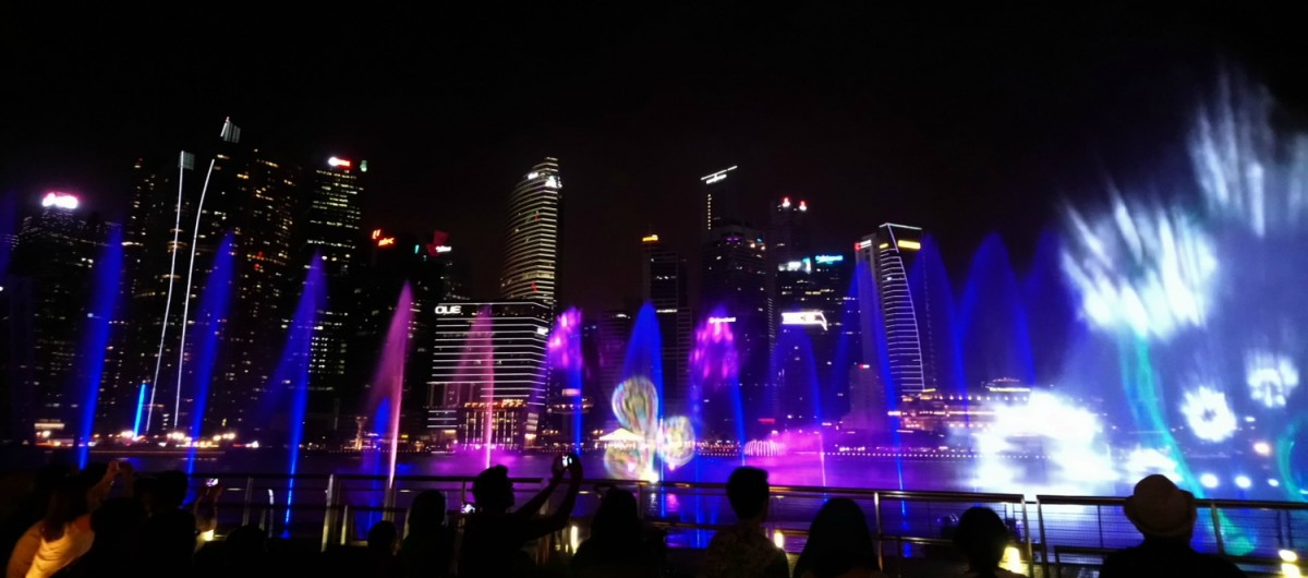 Singapore, Marina Bay light show